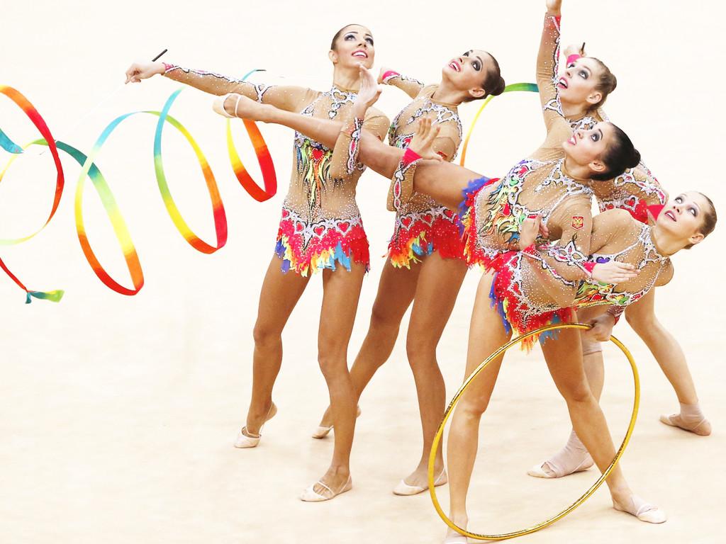 Групповая гимнастика ню фото 505-227