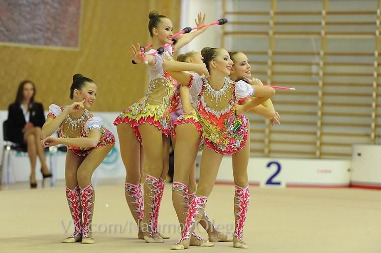 Групповая гимнастика ню фото 505-34